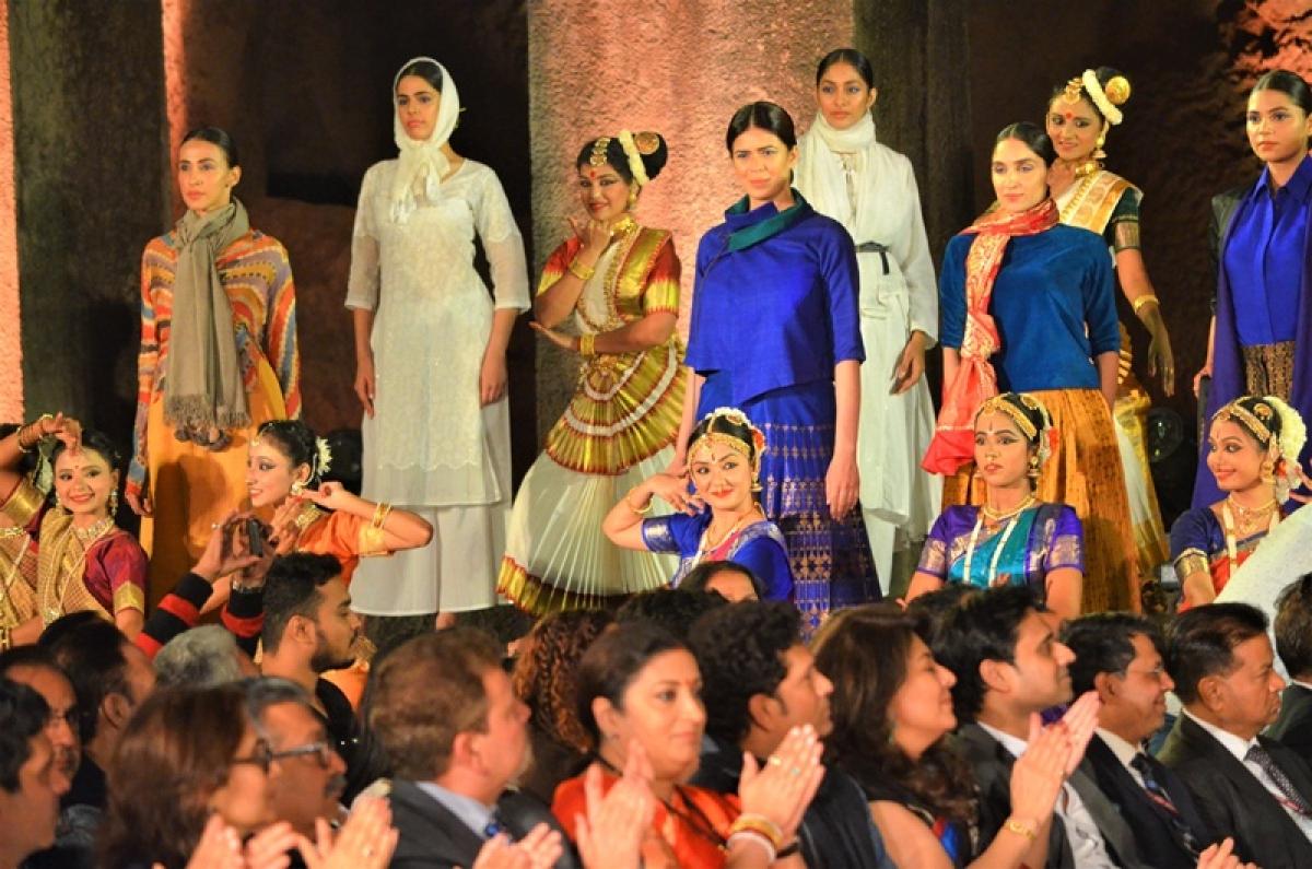 BHOPAL: Inter-univ Khadi Fashion Show to mark Mahatma's 150th birth anniversary