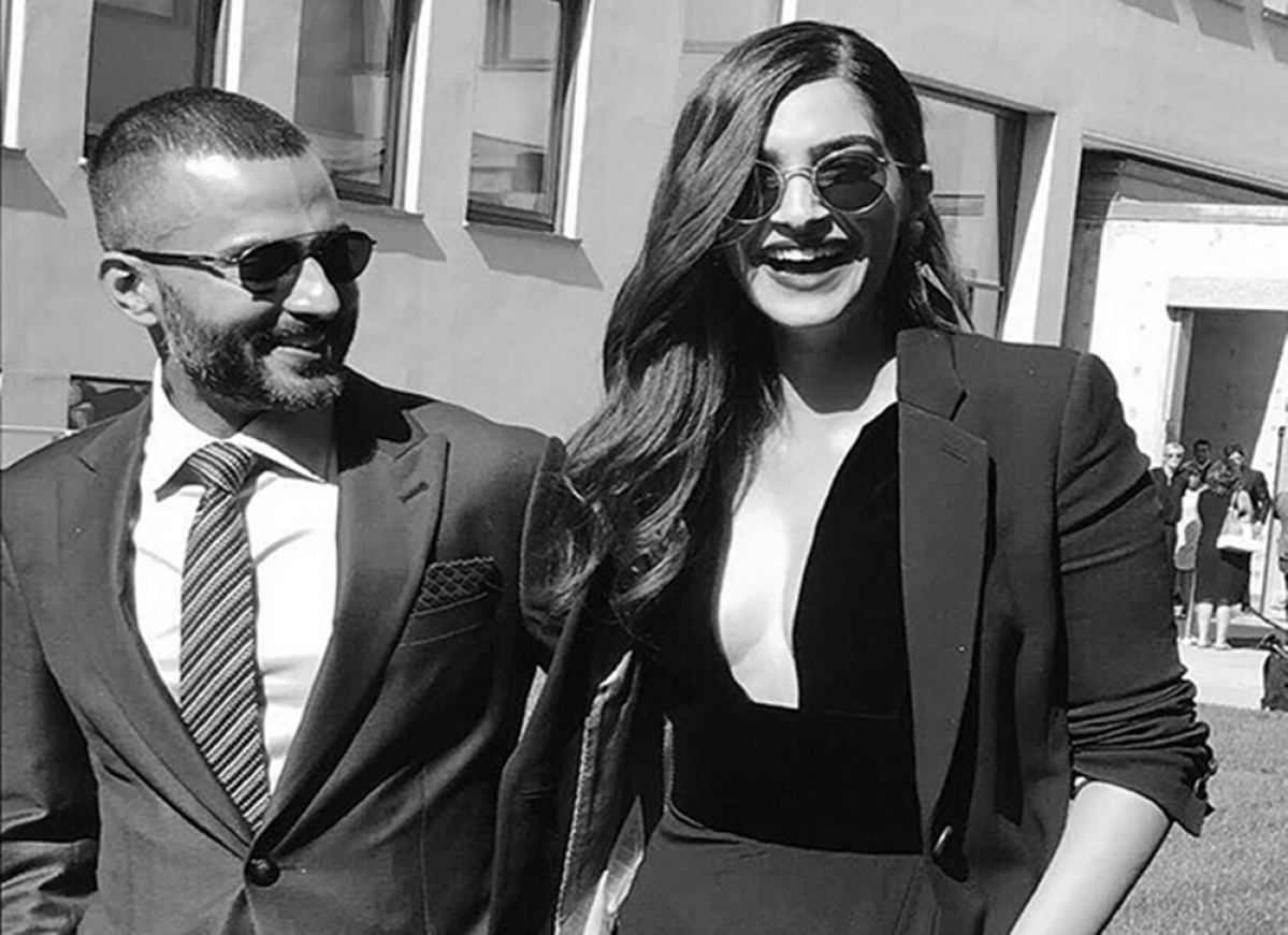 Anand Ahuja redefines husband goals, shares a heart-warming post to promote wifey Sonam Kapoor's film