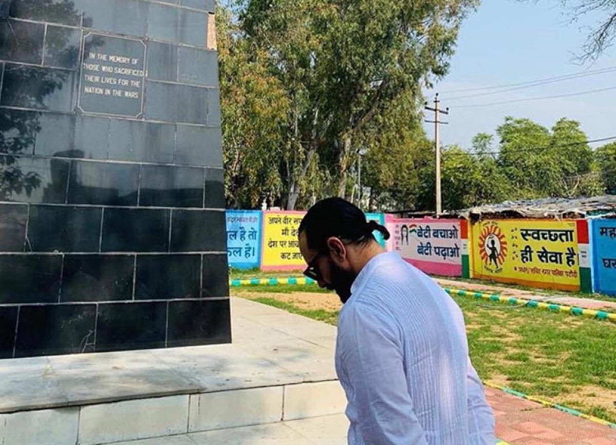 Pulwama Attacks: Saif Ali Khan pays tribute to martyred CRPF jawans at Amar Jawan Jyoti