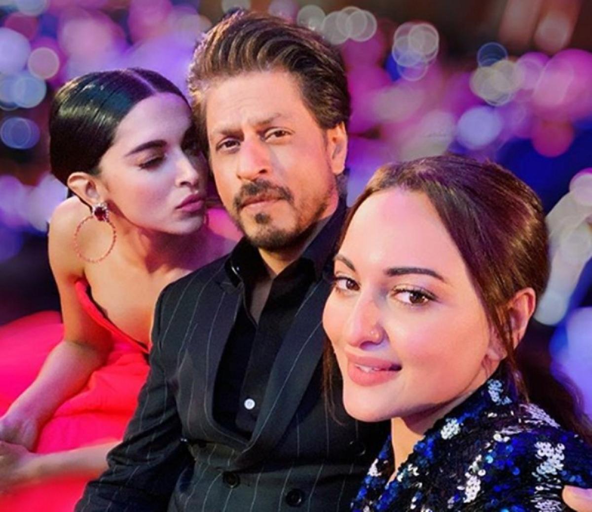 Money Shot! Shah Rukh, Deepika, Sonakshi get framed at Filmfare Glamour and Style Awards