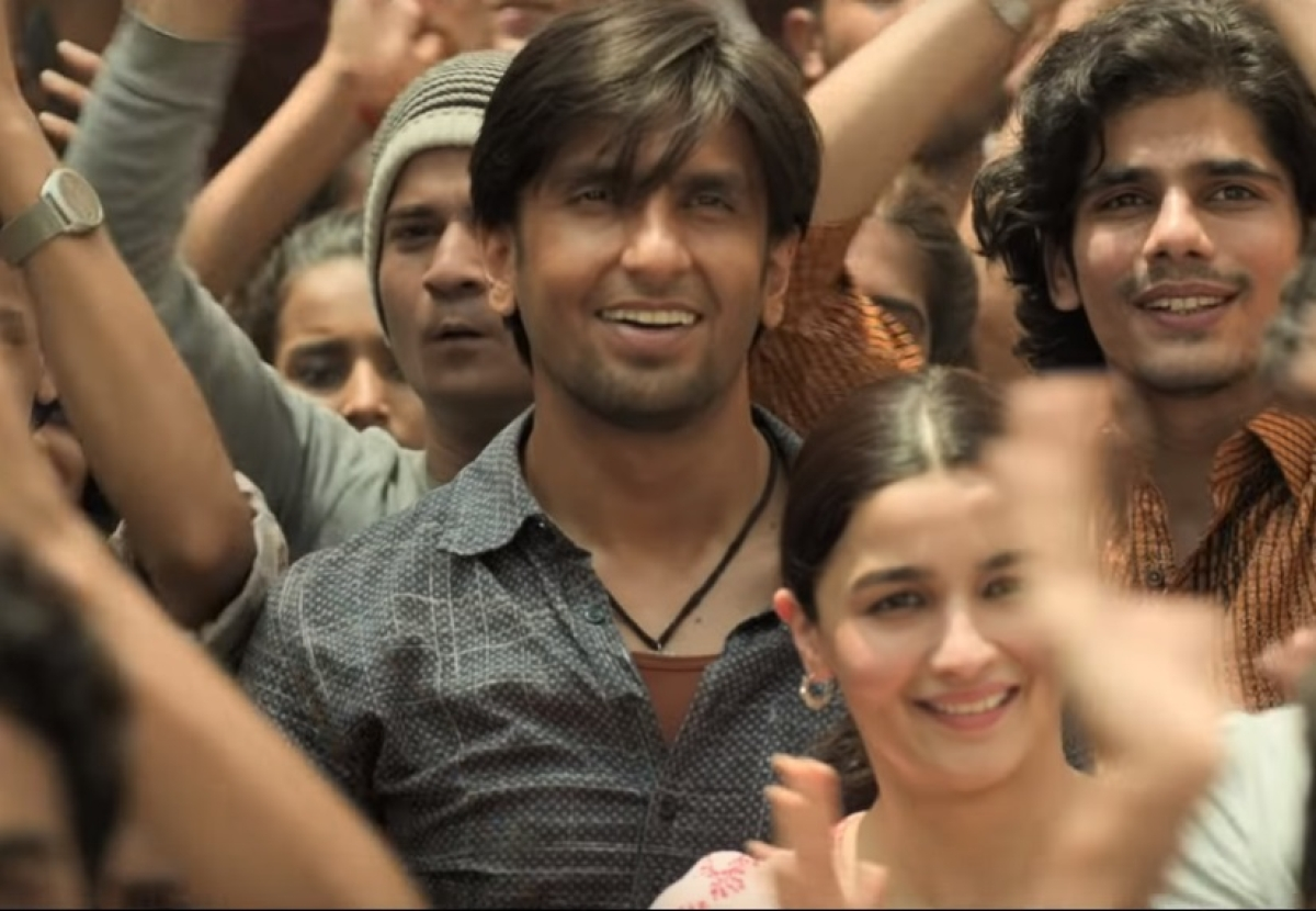 'Gully Boy' full movie leaked online in HD quality by Tamilrockers a day after its release
