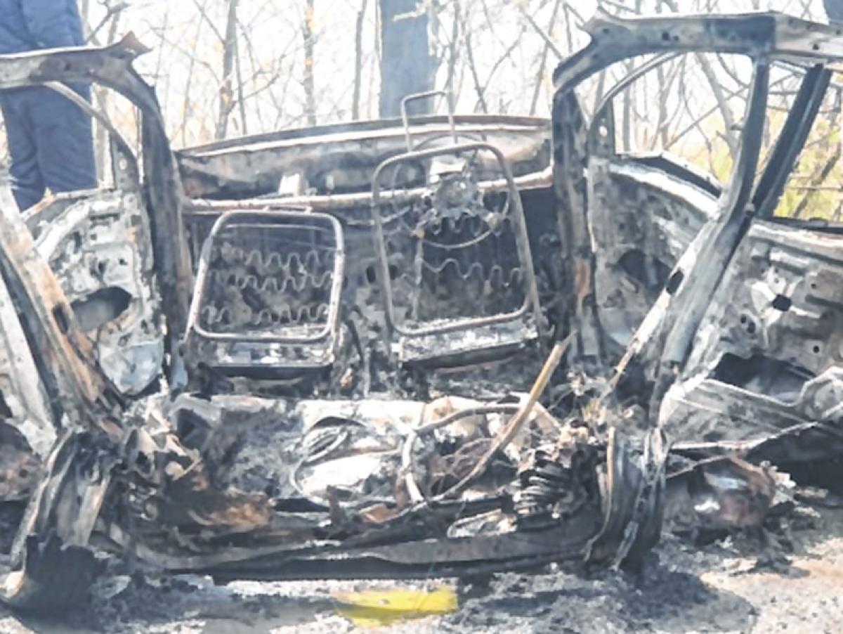 Blast in car near CRPF convoy in Jammu