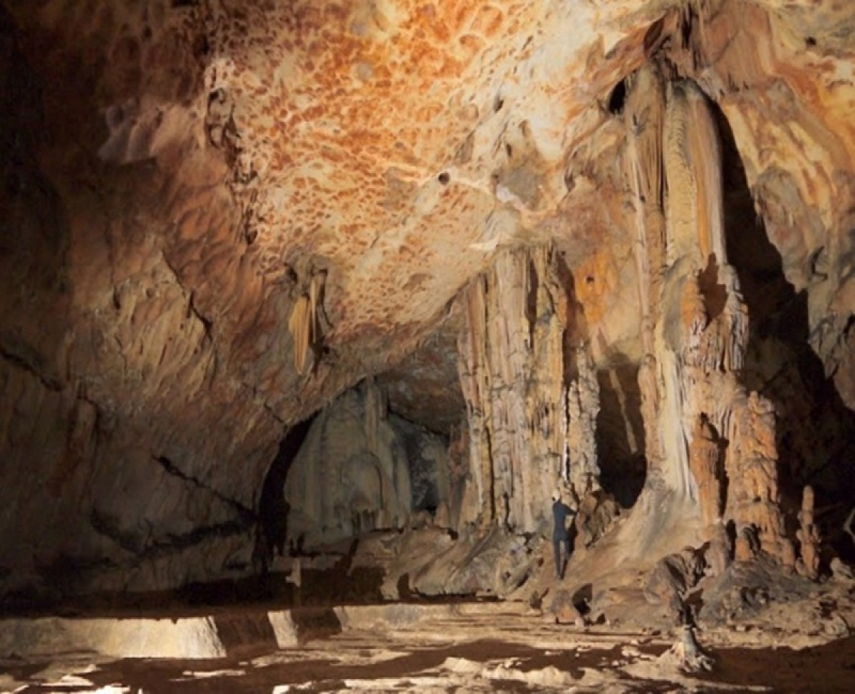 Stalagmites may predict droughts, floods