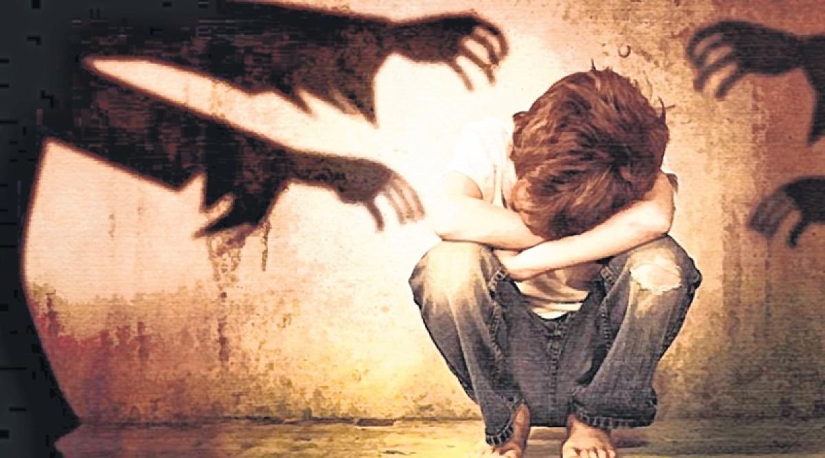 Bhopal: Three masked men abuse minor girl