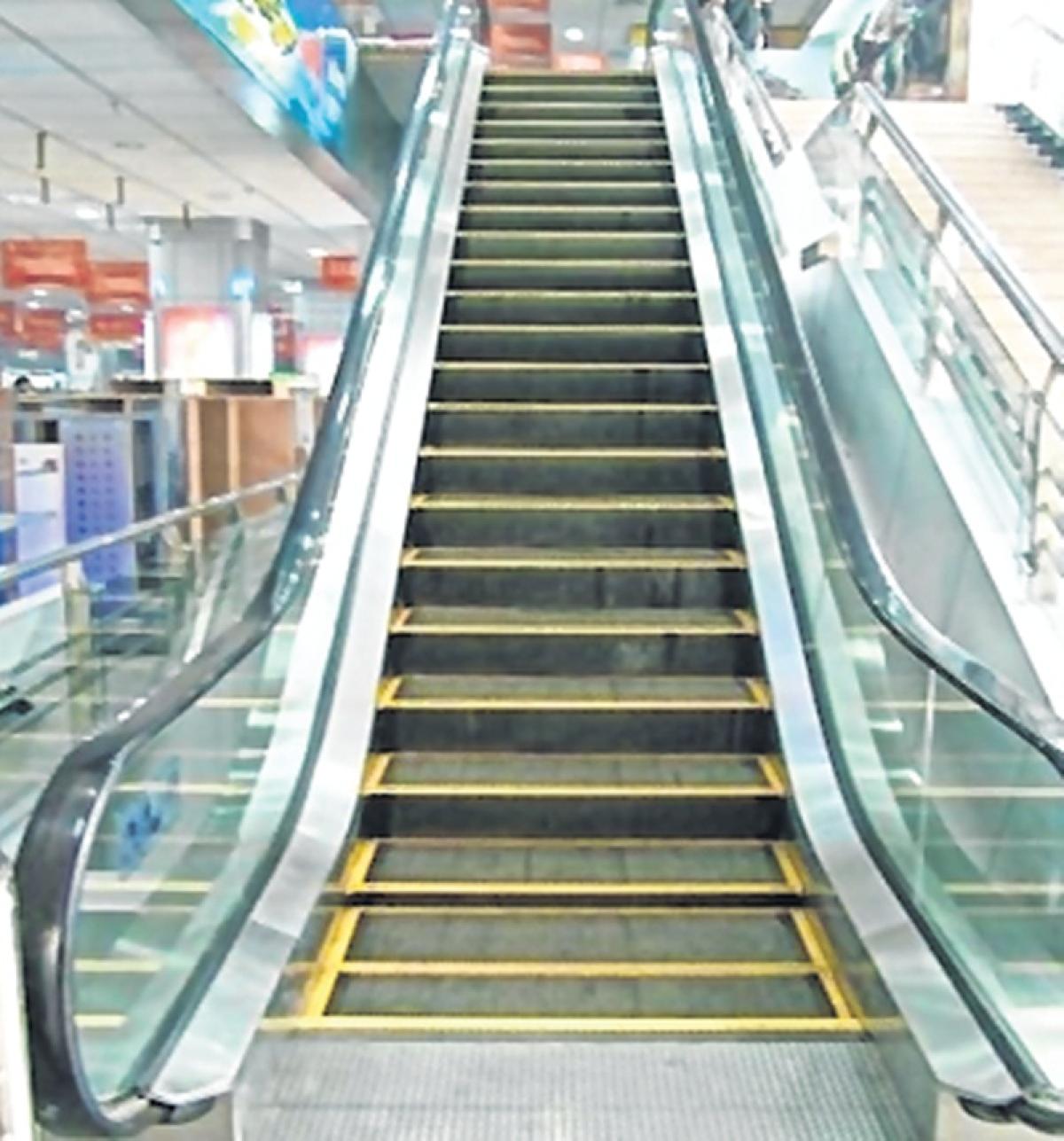 Mumbai: Escalators to be installed at Churchgate and CSMT subways