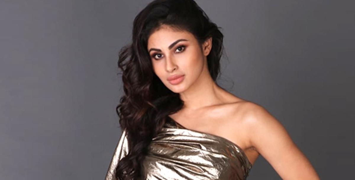 Mouni Roy is upset with the airline company Jet airways and here's what she has to say