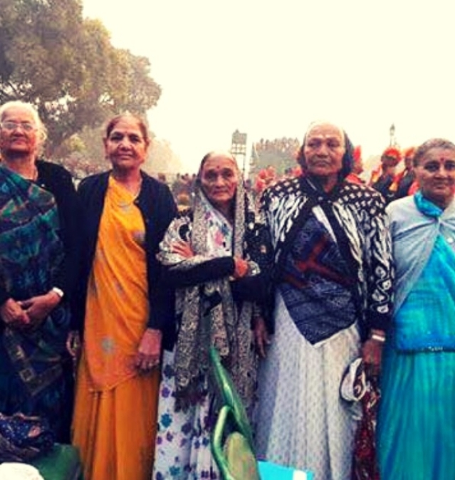 Bhuj women who risked their Lives to revive a bombed Airstrip in 3 Days