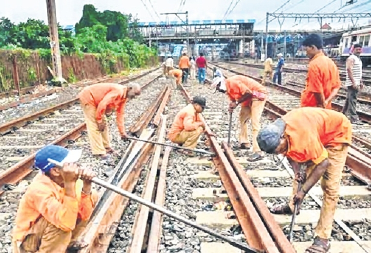 Mumbai Mega Block on Sunday, March 24; train services on Central, Harbour and Western lines to be affected
