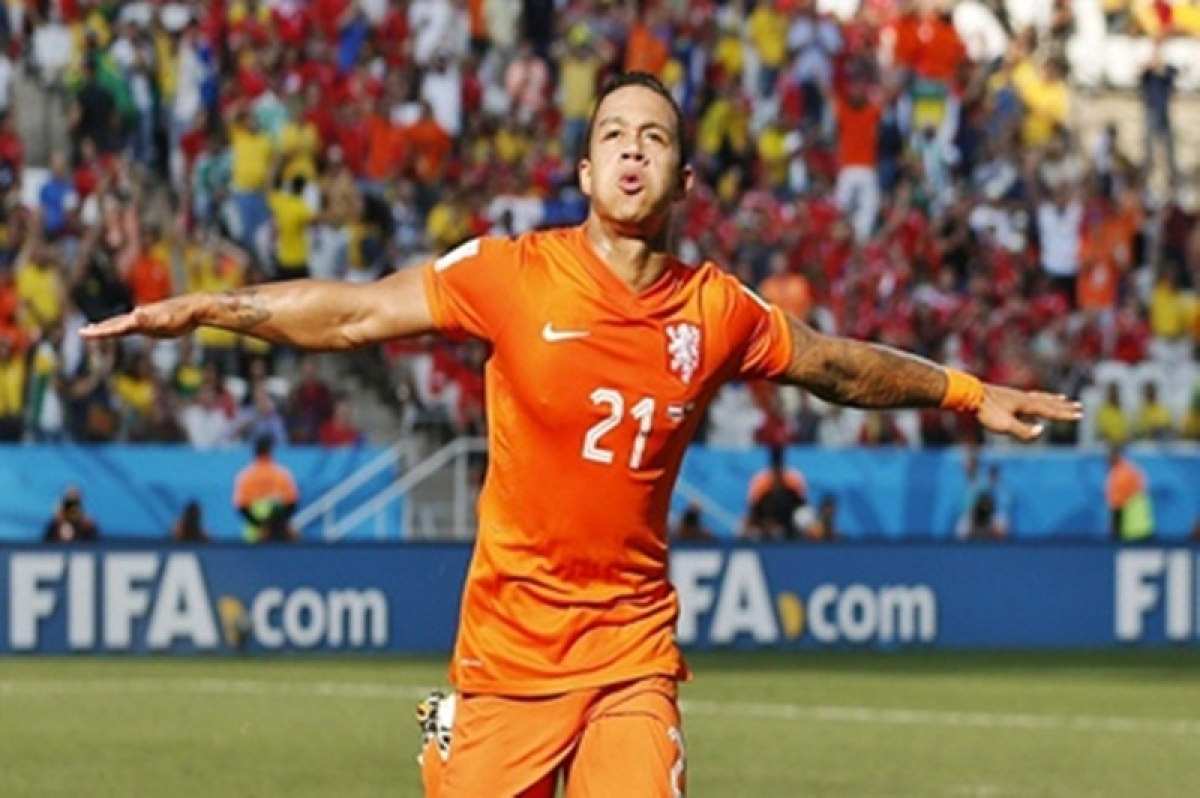 Memphis Depay steals show as Oranje thrash Belarus