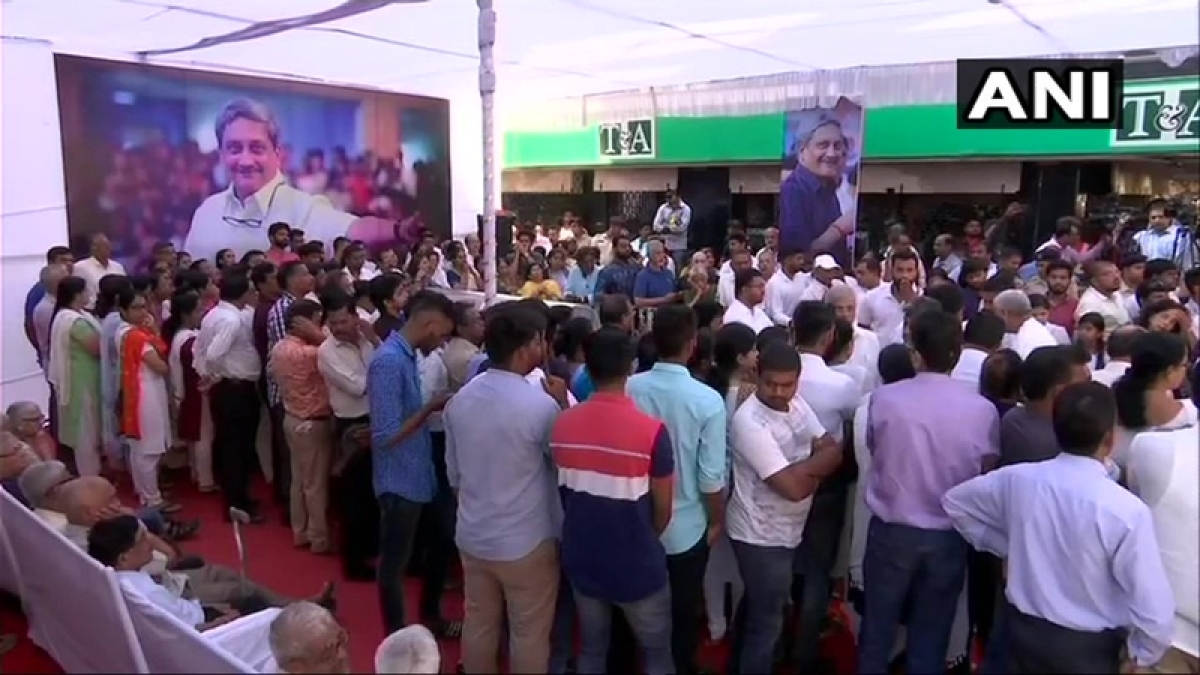 People throng Panaji streets as Manohar Parrikar's mortal remains brought to BJP office