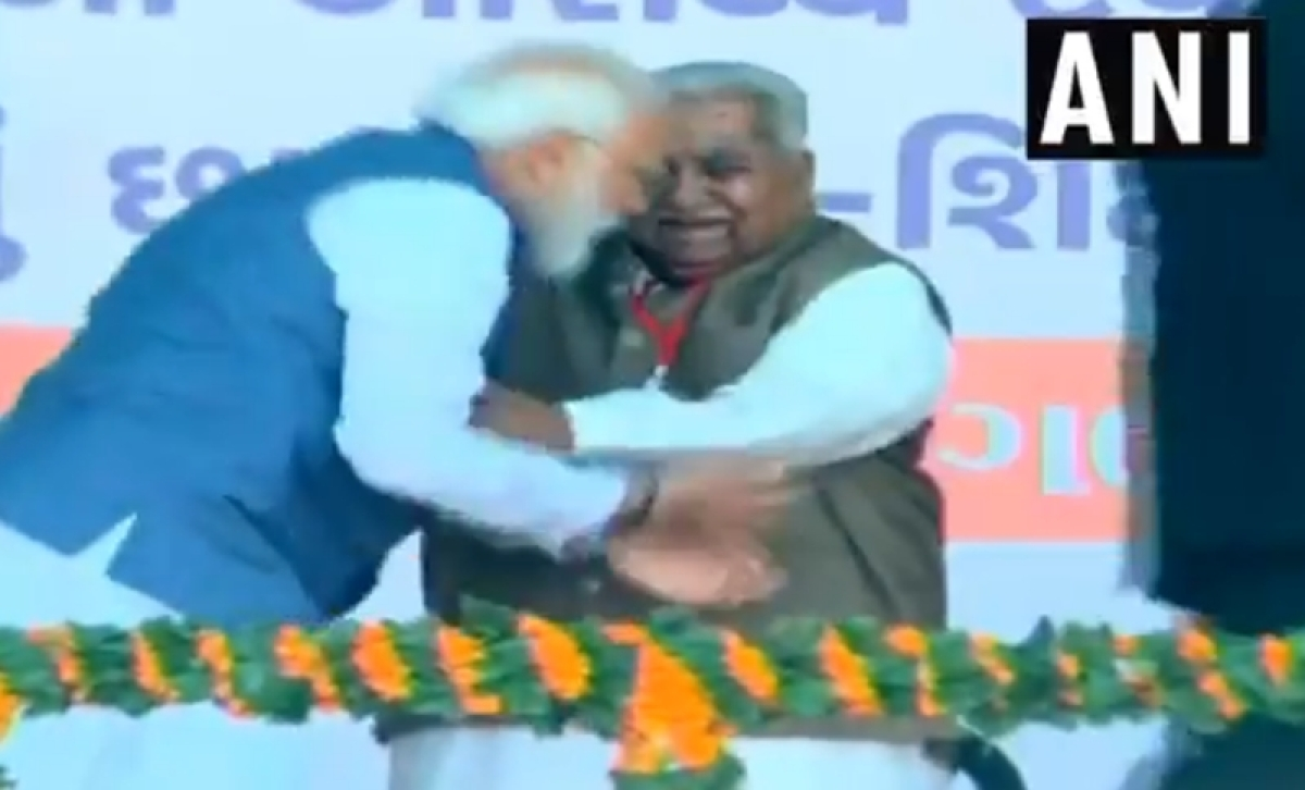 Watch: PM Narendra Modi touches feet of ex-Gujarat CM Keshubhai Patel at event in Gujarat