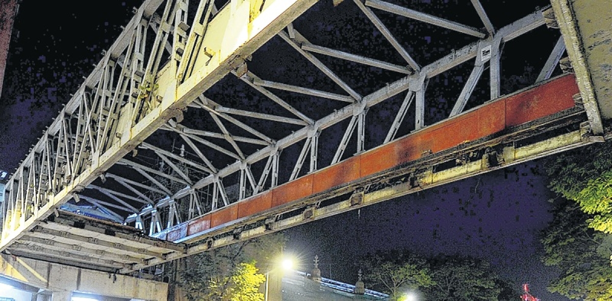 CSMT bridge collapse: Leader of Opposition in BMC bats for judicial probe