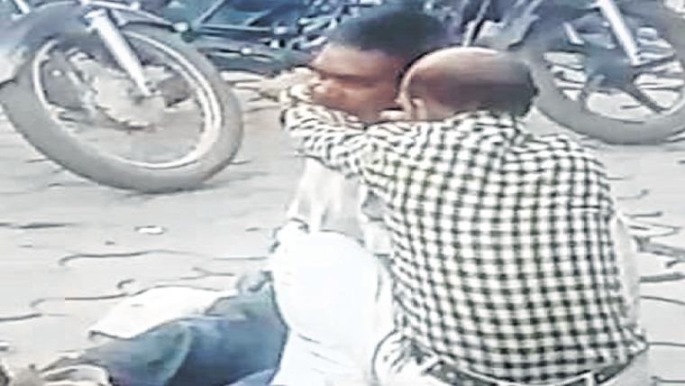 Indore: Man arrested for biting off person's ear