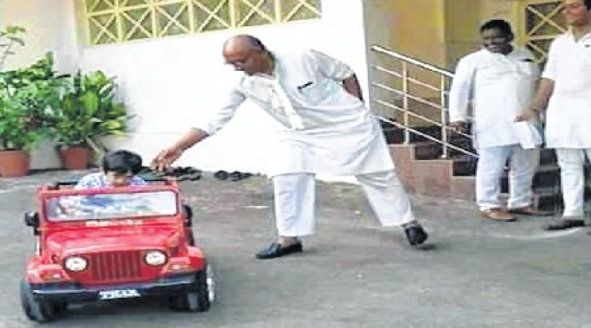 Bhopal: 'I am a Hindu, why should RSS oppose me', says Digvijaya Singh