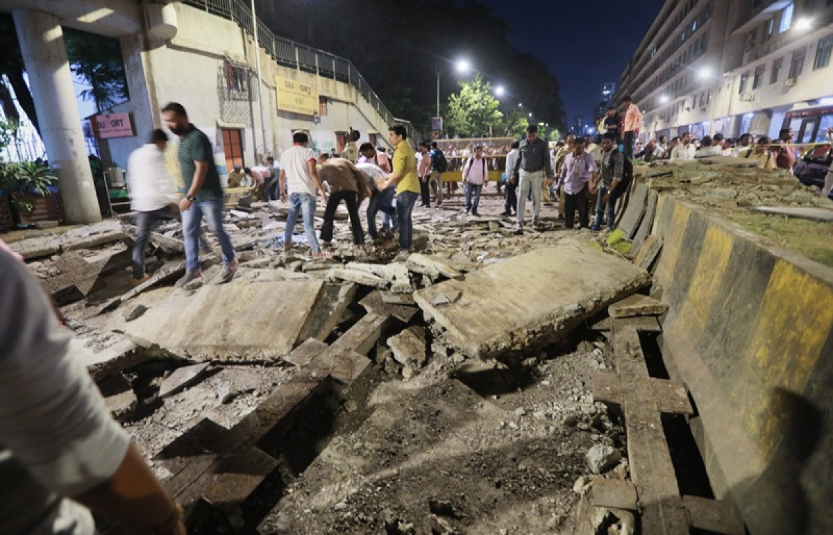 Mumbai CMST bridge collapse: 32-year-old man pushes father to safety, gets crushed to death under cement slab