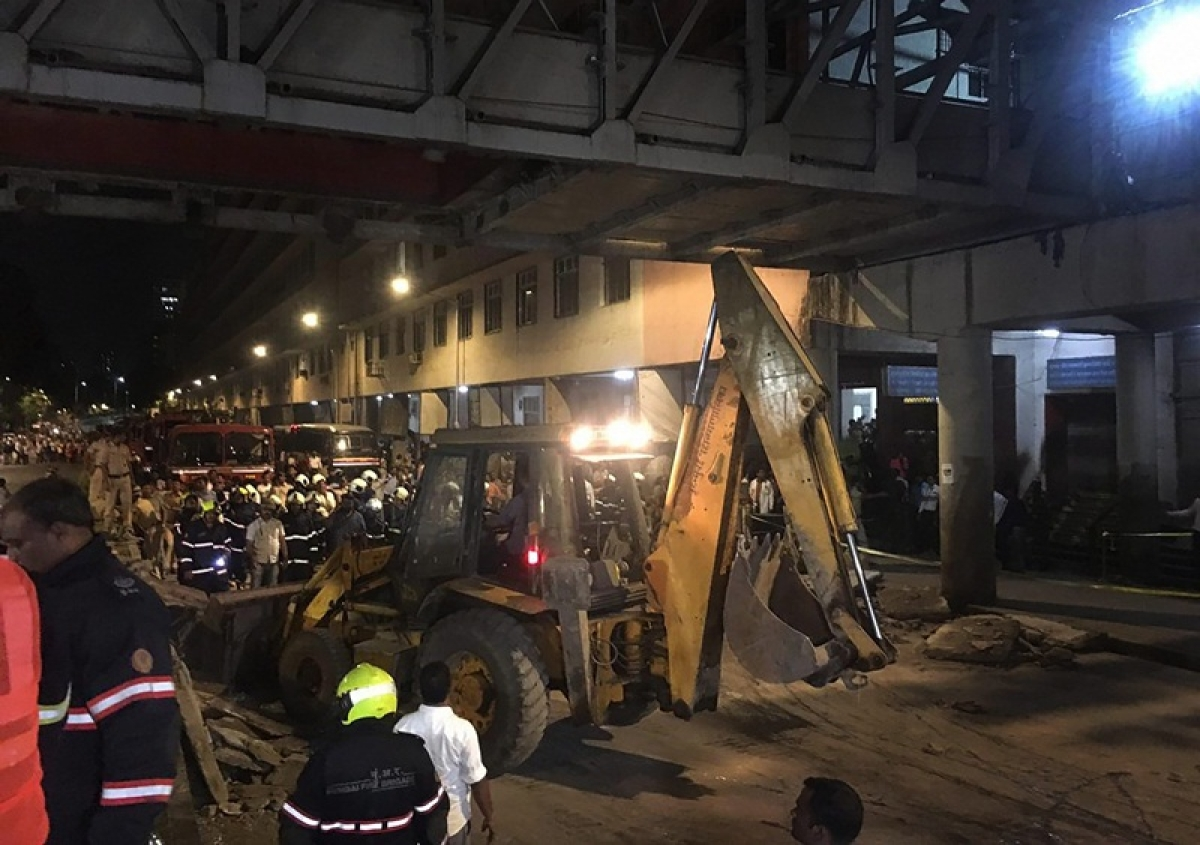 Mumbai CSMT bridge collapse: Three nurses who died in bridge collapse were heading for their night shifts at GT Hospital
