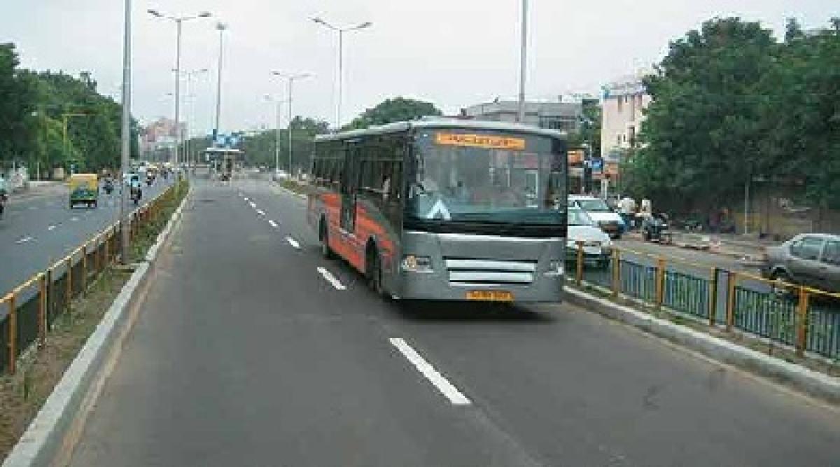 Bhopal: e-monitoring & challan for vehicles illegally entering BRTS corridor