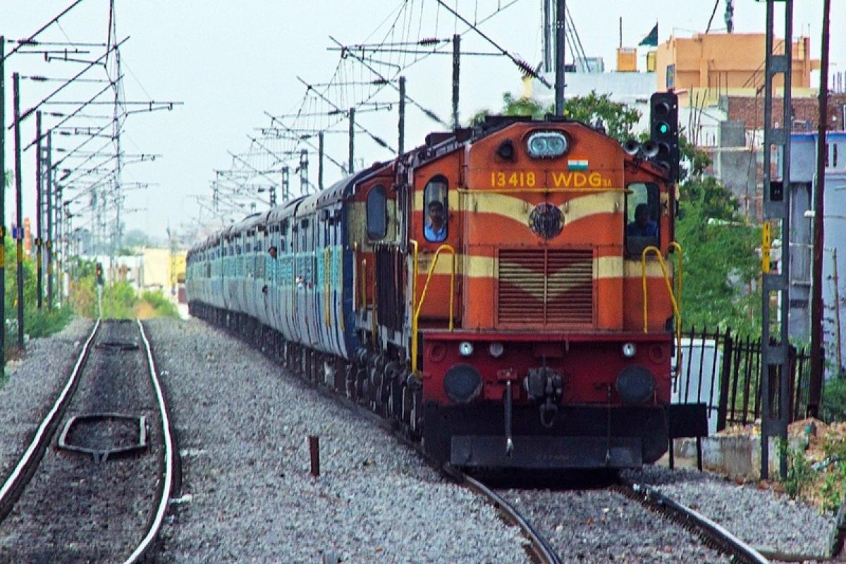 Indore: Malwa, Yashwantpur Express flagged off