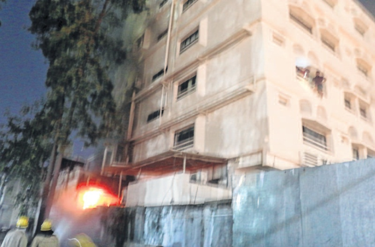 Indore: fire in Samrat Hotel