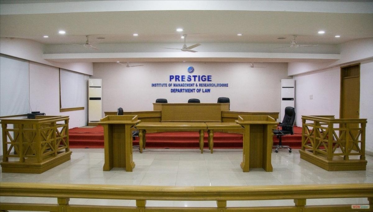Indore: Prestige college law students protest seeking facilities
