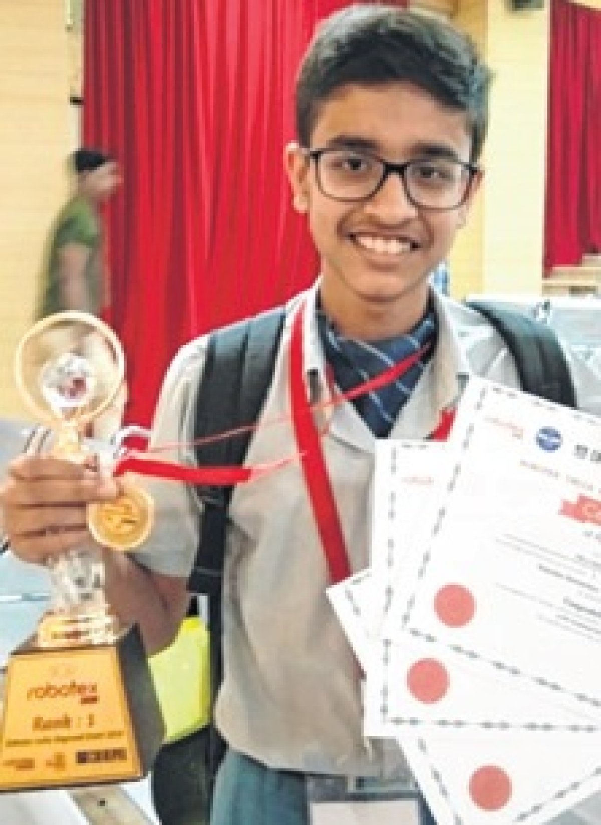 Robot making: 6 Emerald Heights students make it to national contest