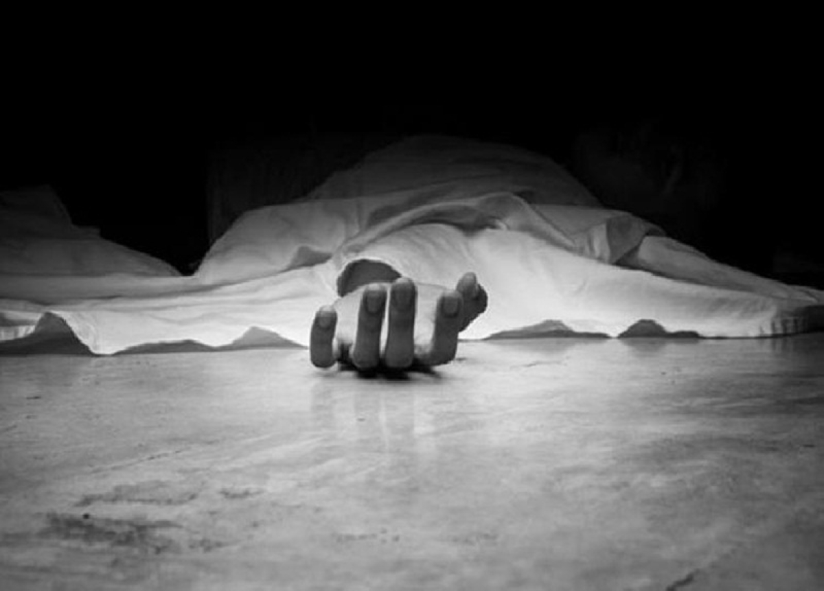Man hacked to death outside booth during polling in West Bengal