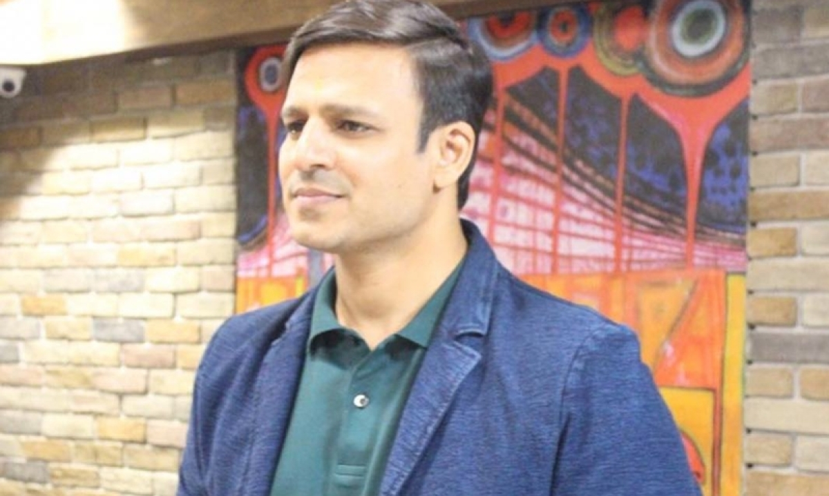 Vivek Oberoi Called Out By Sonam Kapoor And Twitter For Meme Featuring Aishwarya