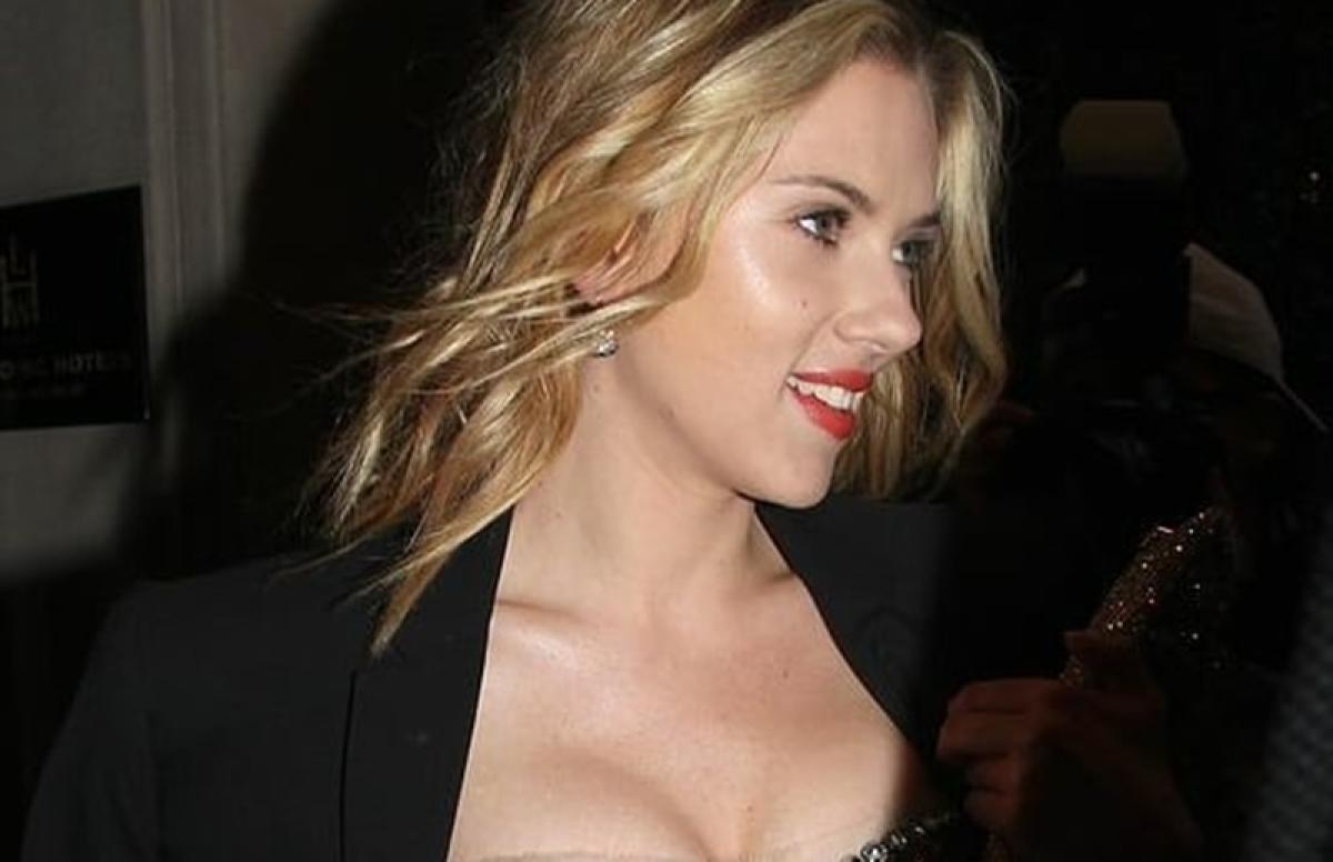 Scarlett Johansson seeks help from police following paparazzi scare