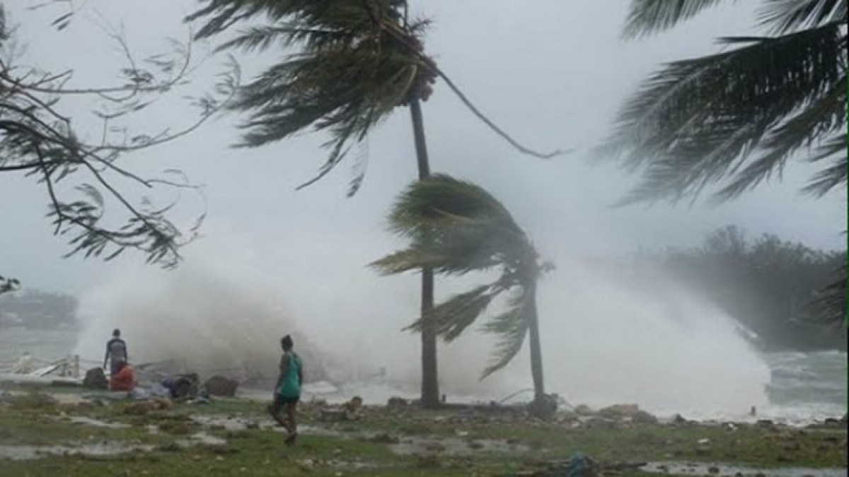 IMD issues heavy rainfall alert for Maharashtra, Goa, Odisha