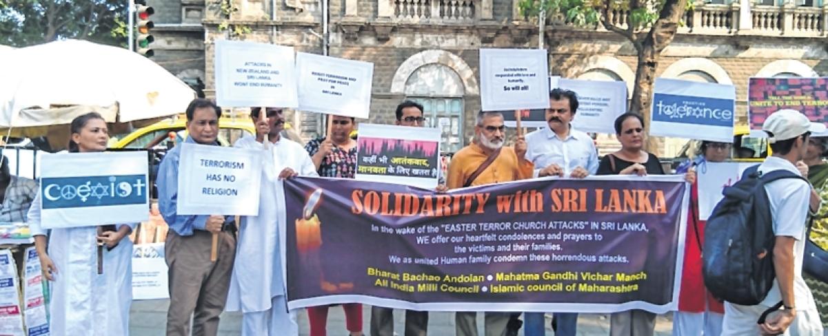 Mumbaikars condemn Sri Lanka terror attack