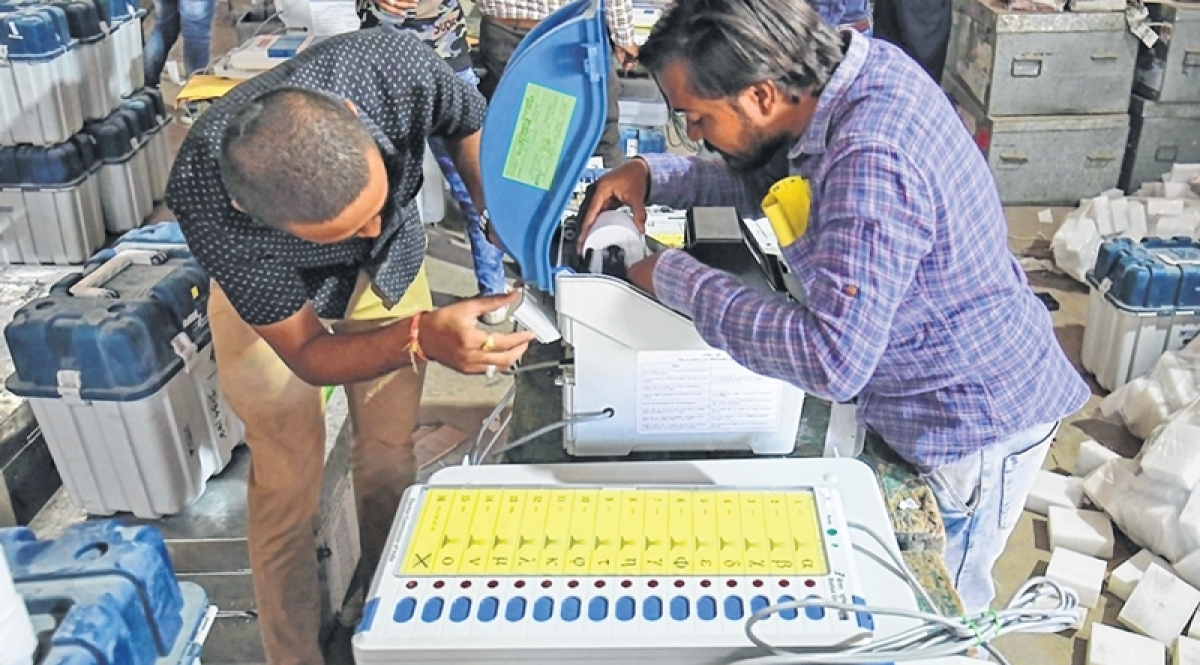 Lok Sabha Elections 2019: Kerala CM Pinarayi Vijayan points out failure of EVMs