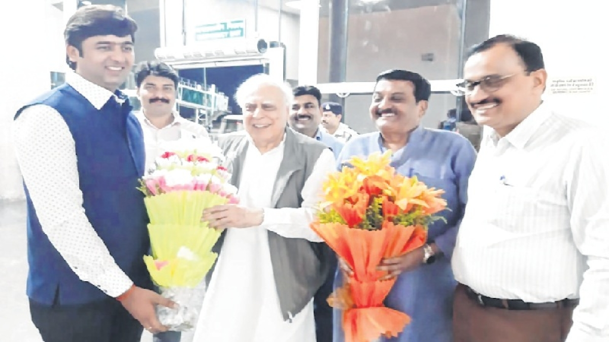 Indore: Sibbal to represent CM's OSD in HC today