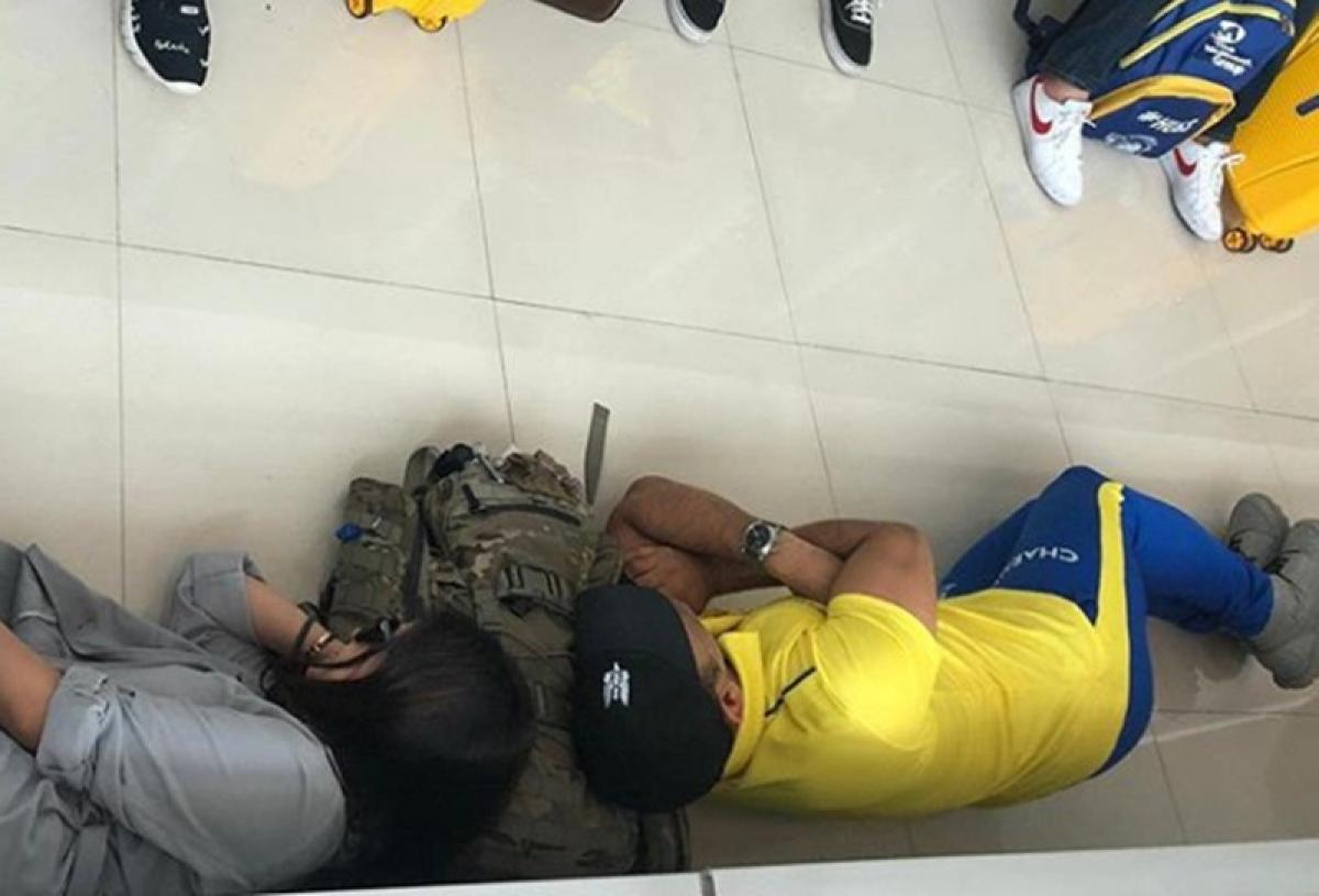 Sleeping on the floor! MS Dhoni, Sakshi take naps at Chennai Airport ahead of Jaipur flight