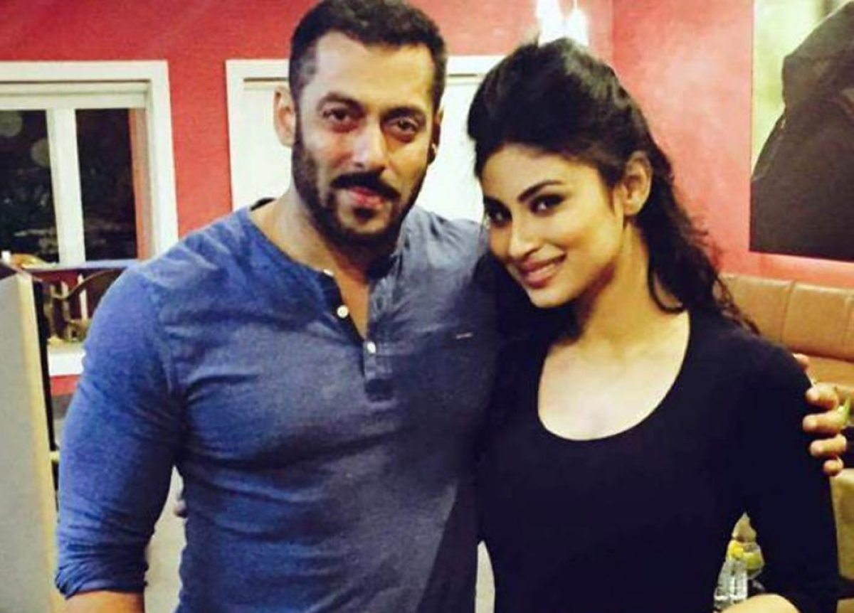 Salman Khan prefers Mouni Roy over Sunny Leone for a special song in 'Dabangg 3'