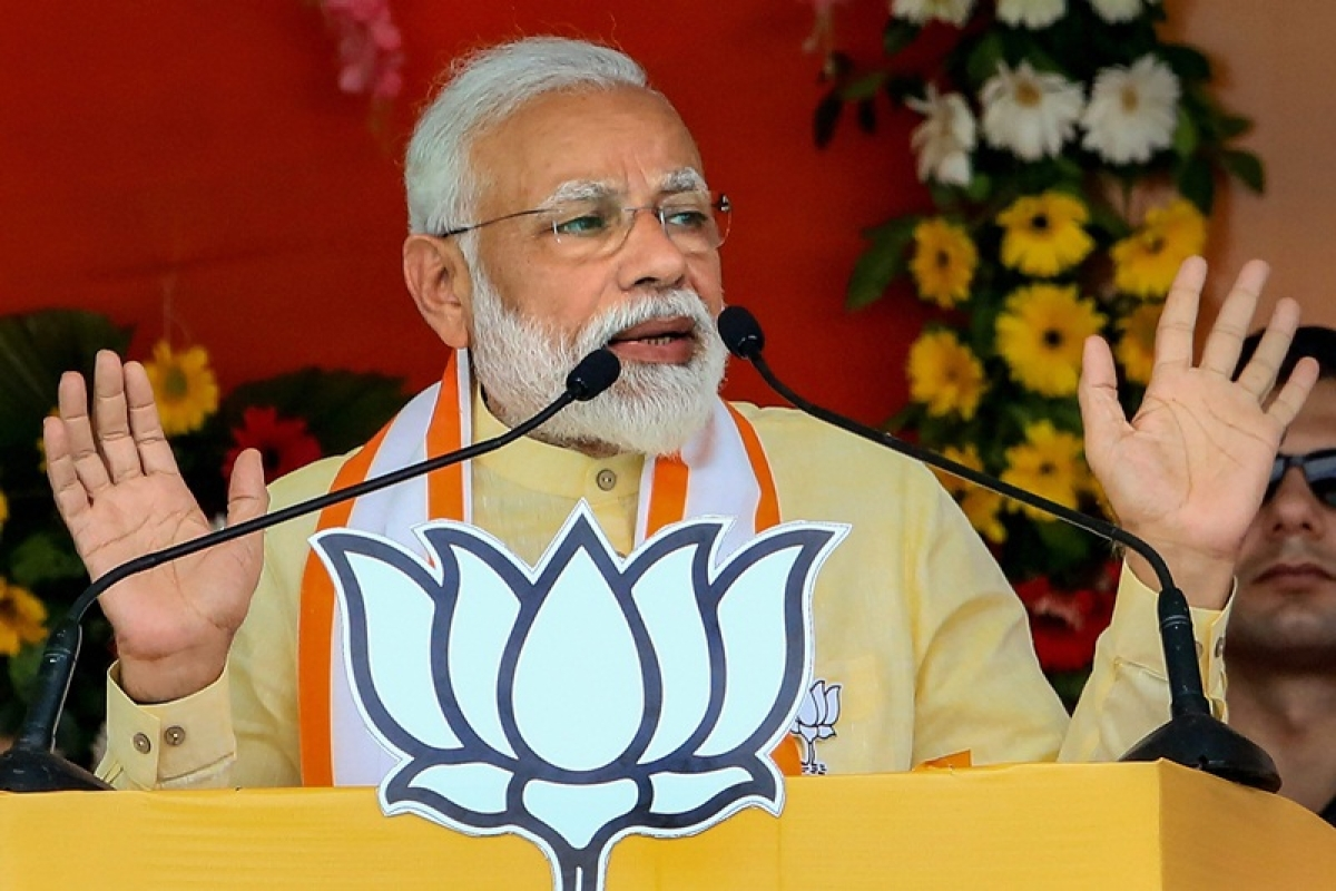 Mamata Banerjee wants to form helpless government at Centre to escape probe into chit fund scams: PM Modi