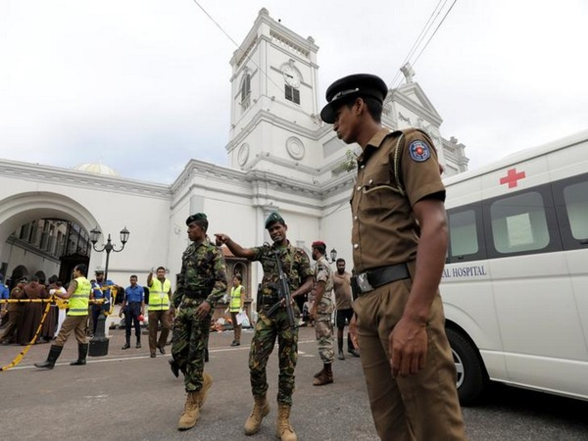 Death toll in Sri Lanka's serial blasts rises to 215; around 500 injured, seven people arrested