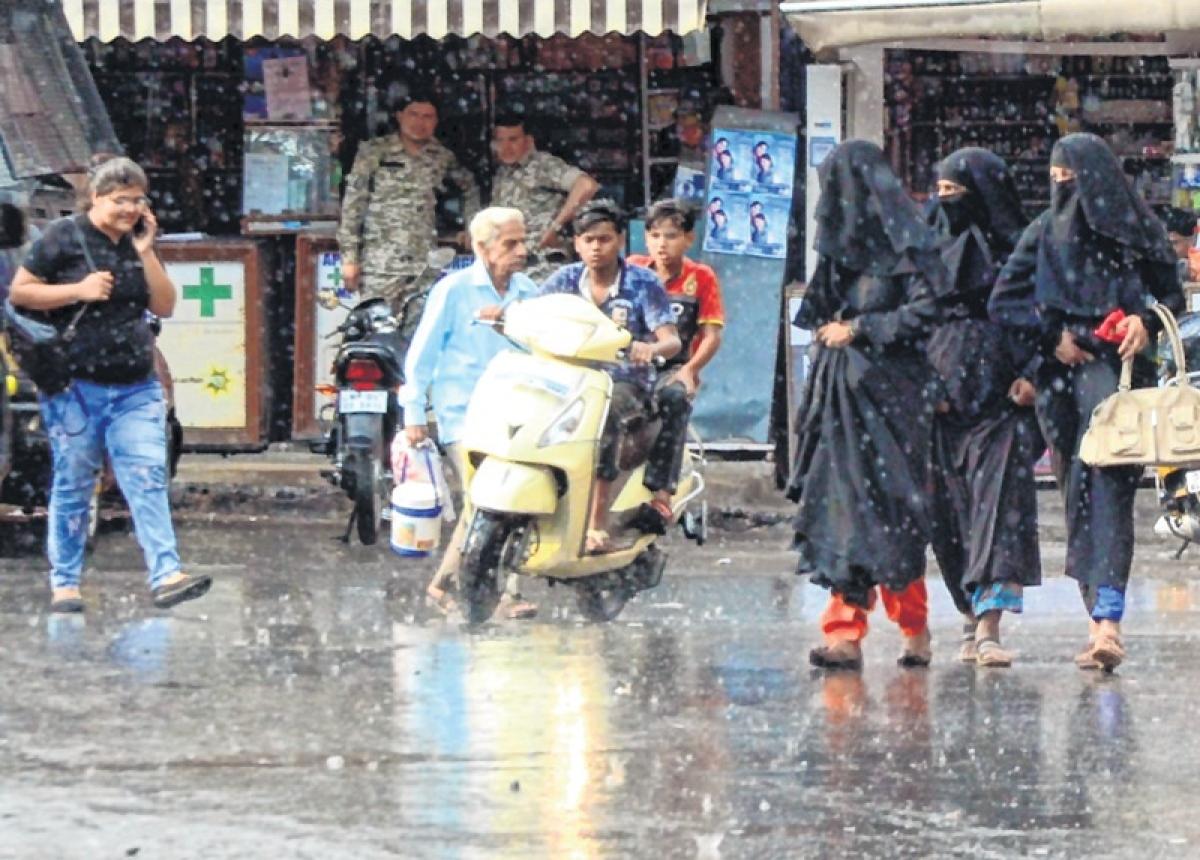 Bhopal: Rain wreaks havoc; claims 21 lives, ruins crop