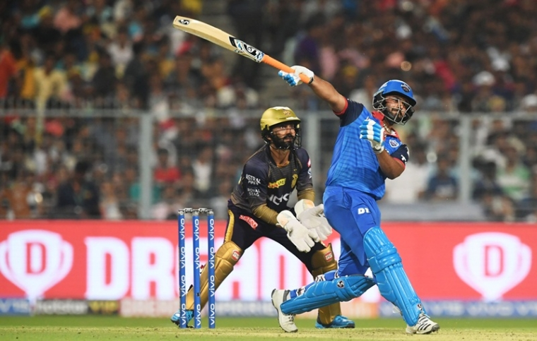 IPL 2019: KKR players stunned after Rishabh Pant's one-handed six