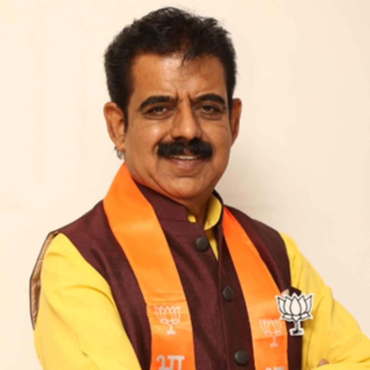 BJP MP Shankar Lalwani seeks evacuation of Indore's family trapped in Qatar, meets MEA Subrahmanyam Jaishankar and Union health minister Harsh Vardhan