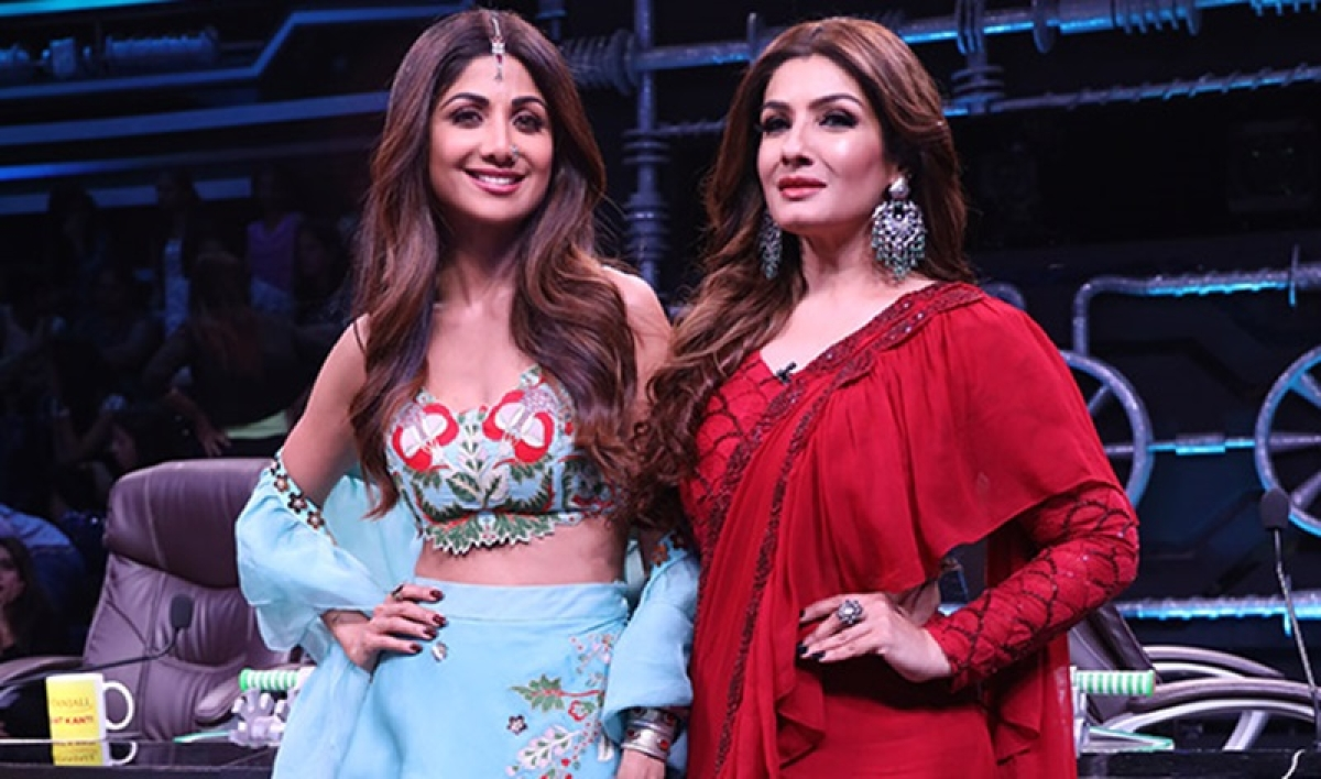 Raveena Tandon burns the dance floor with Tip Tip Barsa Pani performance on Super Dancer 3