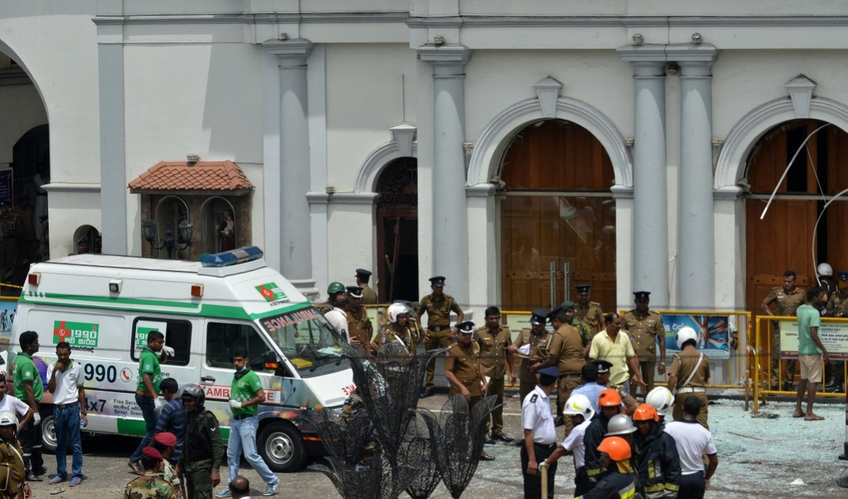 India strongly condemns serial blasts in Sri Lanka, urges international community to take concerted action against terrorism