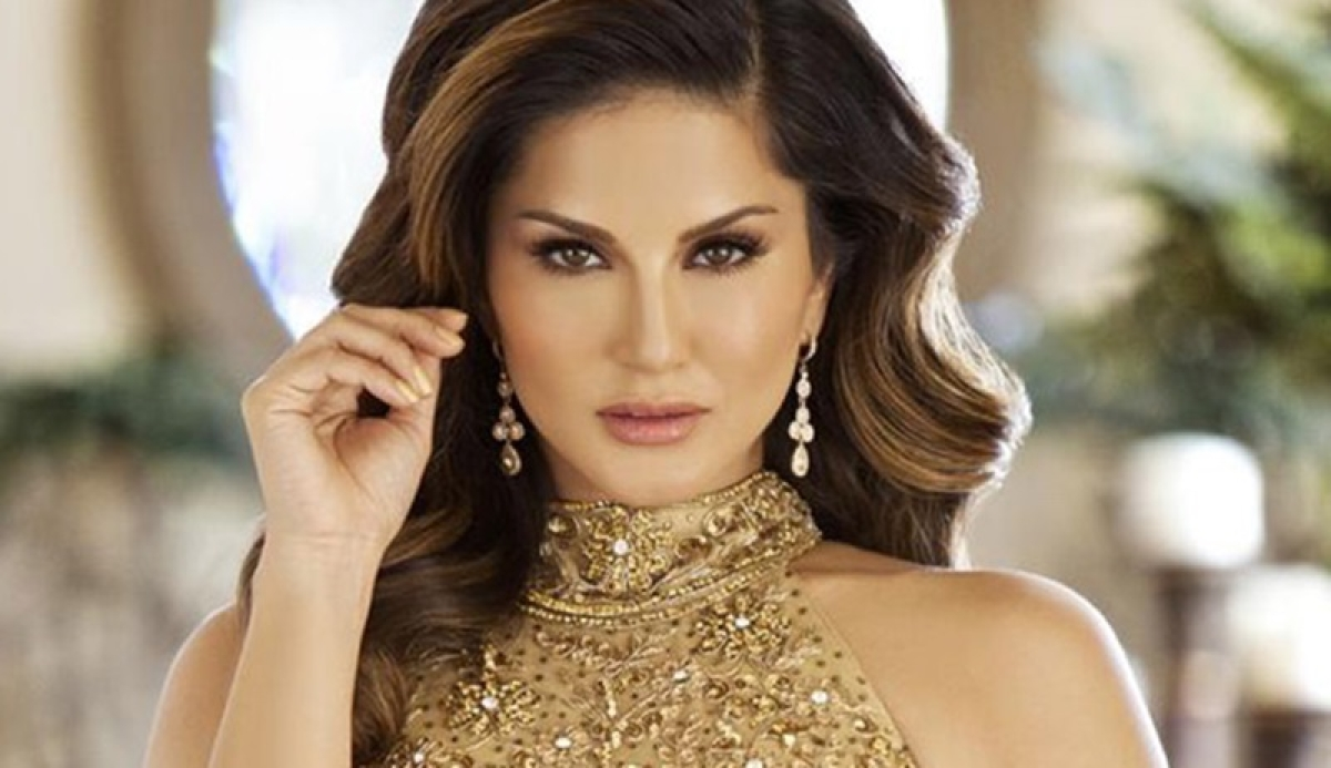 Sunny Leone reveals her first kiss celebrity crush and more; Read to know