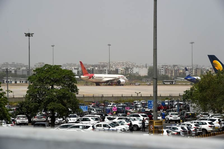Domestic air passenger traffic grows 2 96% in May
