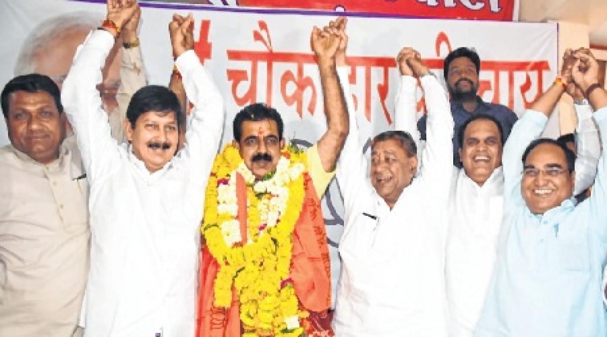 Indore: Auditors fete Mahajan, Shankar Lalwani