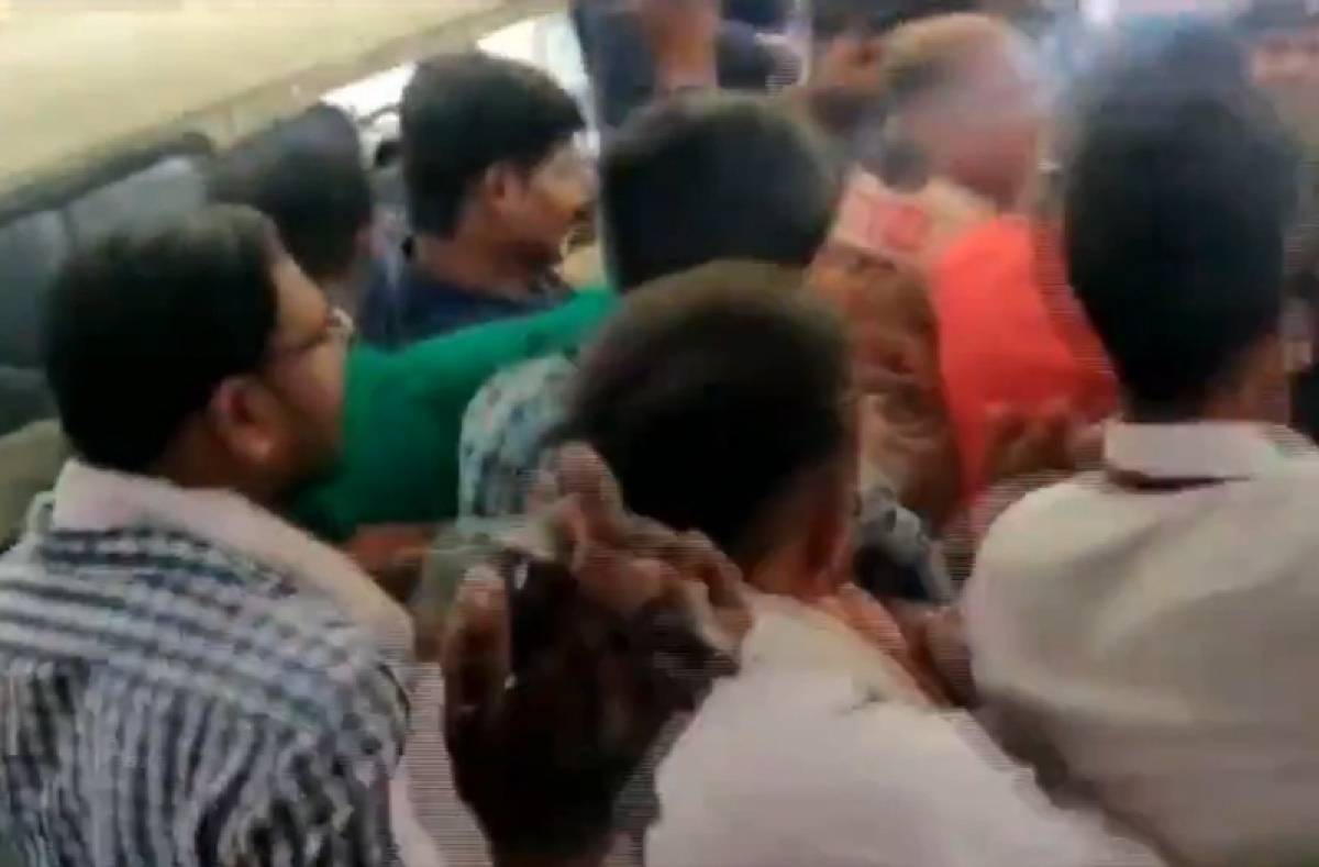 Pragya Singh Thakur supporters thrash NCP worker for showing her black flag; watch video