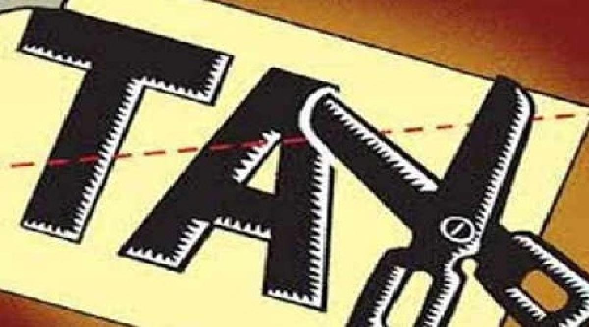 Ujjain: Pal reviews progress of water tax recovery
