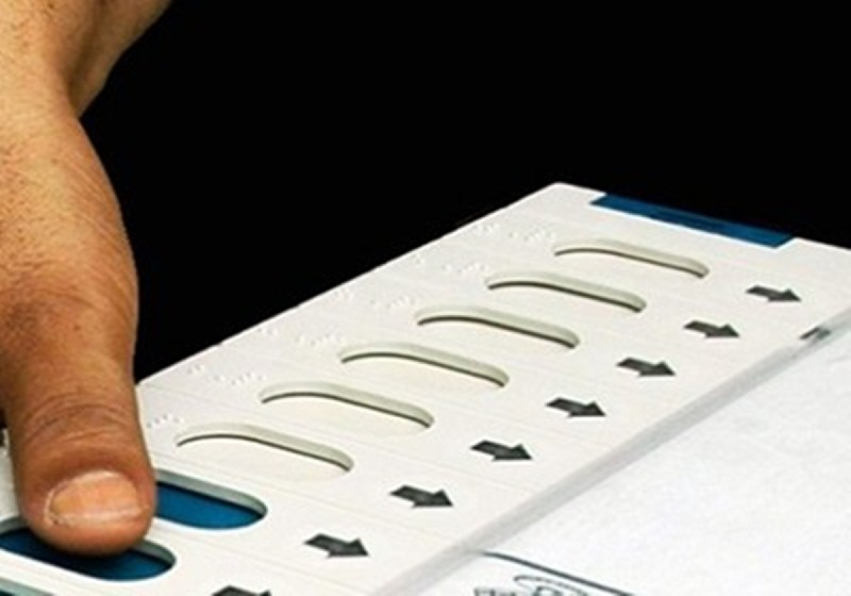 Indore: 30 EVMs replaced during LS polls