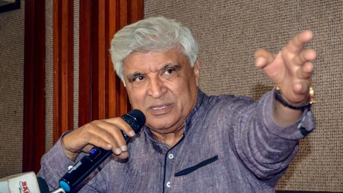 Javed Akhtar lashes out at Karnataka govt for 'cancelling' trains for labourers, compares govt to Pharaoh torturing  Jew slaves
