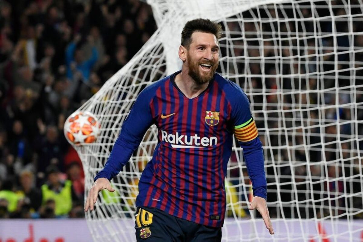 Messi to stay at Barcelona after talks with his father and legal advisors: Report