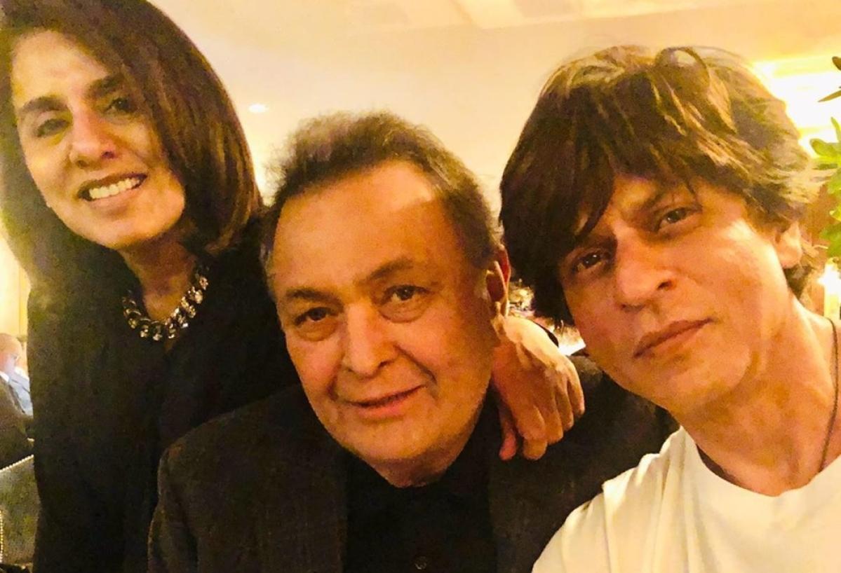 Shah Rukh Khan visits Rishi Kapoor in New York, Neetu admires his 'genuine' love